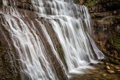 Vattenfall i Juraen Royaltyfri Fotografi