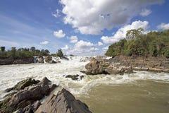 Vattenfall i Laos royaltyfria bilder