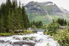 Vattenfall i nordliga Norge Arkivbilder