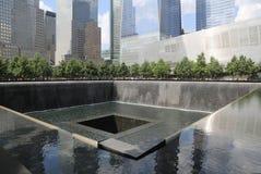 Vattenfall i September 11 Memorial Park Arkivfoto
