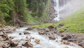 Vattenfall i skogen Fotografering för Bildbyråer