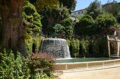 Vattenfall i Tivoli trädgårdar Royaltyfri Fotografi