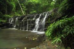 Vattenfall i trädgården, Salmon Nation Park, Thailand arkivfoto