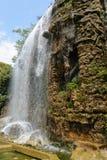 Vattenfall i trevliga Frankrike Royaltyfria Bilder