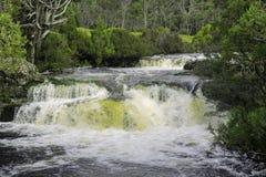 Vattenfall i vaggaberg Royaltyfri Foto