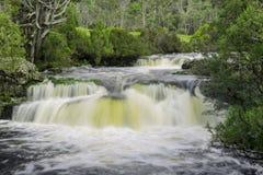 Vattenfall i vaggaberg Royaltyfri Fotografi