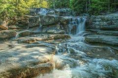Vattenfall i vita berg nationalpark, New Hampshire, USA Royaltyfri Bild