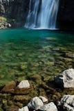 Vattenfall i Westfjord område, Island Royaltyfria Foton