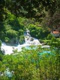 Vattenfall Krka, nationalpark, Dalmatia, Kroatien arkivfoton
