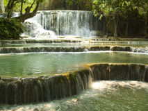 Vattenfall Kuang Si Arkivfoto