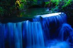 Vattenfall - lång exponering Arkivbild