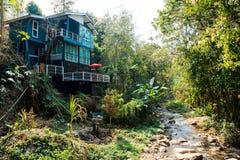 Vattenfall Mae Kham Pong royaltyfri foto