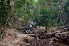 Vattenfall Mae Kham Pong arkivfoto
