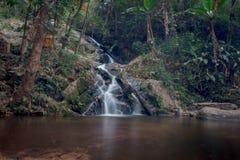 Vattenfall Mae Kham Pong royaltyfria foton