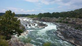Vattenfall och forsar på Great Falls, Virginia arkivfoton