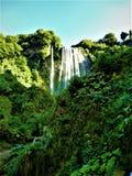 Vattenfall och natur royaltyfri foto