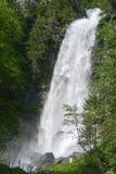 Vattenfall på Engelberg på Schweiz Arkivfoton