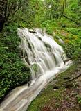 Vattenfall på Kew Mae Pan Arkivfoton