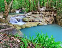 Vattenfall på nationalparken i Thailand Arkivbilder