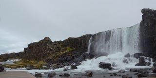 Vattenfall på Thingvellir Royaltyfria Foton