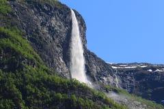 Vattenfall på Gudvangen Fotografering för Bildbyråer