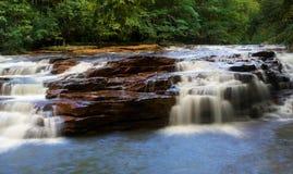 Vattenfall på Muddy Creek nära Albright WV Fotografering för Bildbyråer