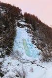 Vattenfall Stuibenfall på Umhausen - Tirol Österrike Arkivfoton