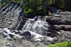 Vattenfall Torbay NL för rörelseflodkaskad Royaltyfri Foto