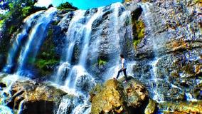 Vattenfallet är curug Royaltyfria Foton