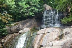 Vattenfallet landskap Royaltyfria Foton