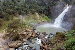 Vattenfalllandskap i Sri Lanka Royaltyfri Foto