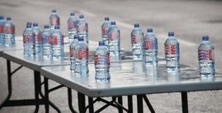 Vattenflaskor - triathlon royaltyfria foton