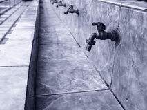 Vattenkran på skolor Arkivbild