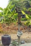 Vattenkranar för underjordiskt vatten Arkivfoton