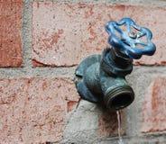 vattenkranvatten Fotografering för Bildbyråer