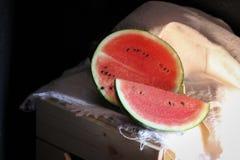 Vattenmelon i studioskott arkivfoton