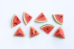 Vattenmelonstycken på vit royaltyfri fotografi