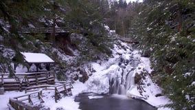 Vattennedgång i vinter Fotografering för Bildbyråer
