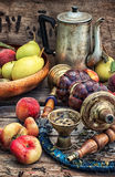 Vattenpipa och persikor Royaltyfri Fotografi