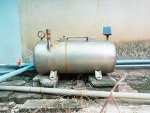 Vattenpumpsystem, körning för elektriska motorer av hemmet royaltyfria foton
