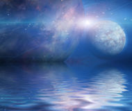 Vattenreflexion och planeter Fotografering för Bildbyråer