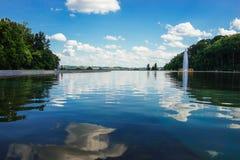 Vattenreflexion på Eden Park, Cincinnati, Ohio Fotografering för Bildbyråer