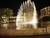 Vattenspringbrunn på Americana Royaltyfria Bilder