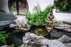 Vattenspringbrunnen Arkivfoto
