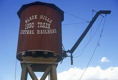 Vattentorn vid Black Hills den centrala järnvägstationen i slutsten, SD royaltyfria bilder