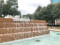 Vattenträdgårdar i i stadens centrum Fort Worth, Texas arkivbilder
