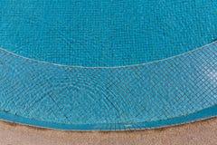 Vattenvåg i simbassäng Royaltyfria Foton