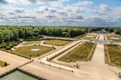 Vaux-le-Vicomte, França Vista do parque com lagoas artificiais Imagem de Stock