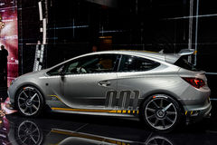 Vauxhall Opel bij 2014 Genève Motorshow Royalty-vrije Stock Afbeeldingen