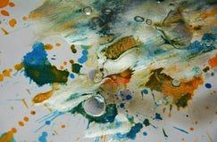 Vaxartade färgstänk för silvrig pastellfärgad mörk vattenfärg, abstrakt idérik bakgrund Arkivfoto